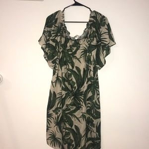 NWT H&M Leaf Print Off The Shoulder Dress